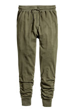 Joggers - Khaki green - Men | H&M CN 2